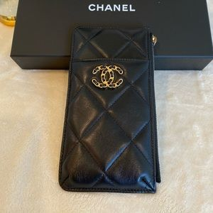Chanel 19 phone & card holder wallet